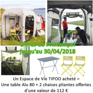 Tipoo_table_chaises